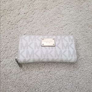 Michael Kors Logo Zip Wallet